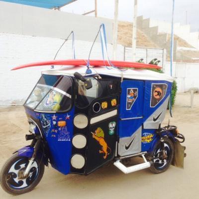 MOTOCARRO EN PUNTA ROCAS